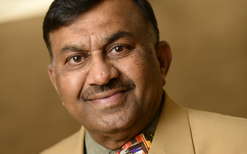 Stony Brook University; Stony Brook University Receives $100,000 Gift From Dr. Krishna Gujavarty For India Studies  Gift Doubled by Simons Foundation Challenge Grant for Total Impact of $200,000;  Dr. Gujavarty meets with President Stanley and Shikaripur N. Sridhar, Stony Brook Professor of Linguistics and India Studies and Director for the Center for India Studies