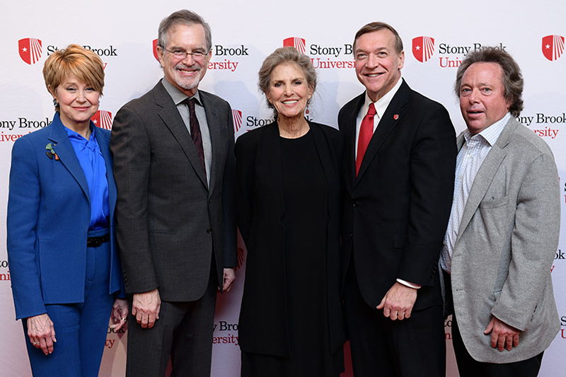 Stars of Stony Brook Gala honoree Dorothy Lichtenstein, center, is joined by, from left, CBS newswoman Jane Pauley, Doonesbury cartoonist Garry Trudeau, Stony Brook University President Samuel L. Stanley Jr., and Stony Brook Foundation Chair Rich Gelfond.
