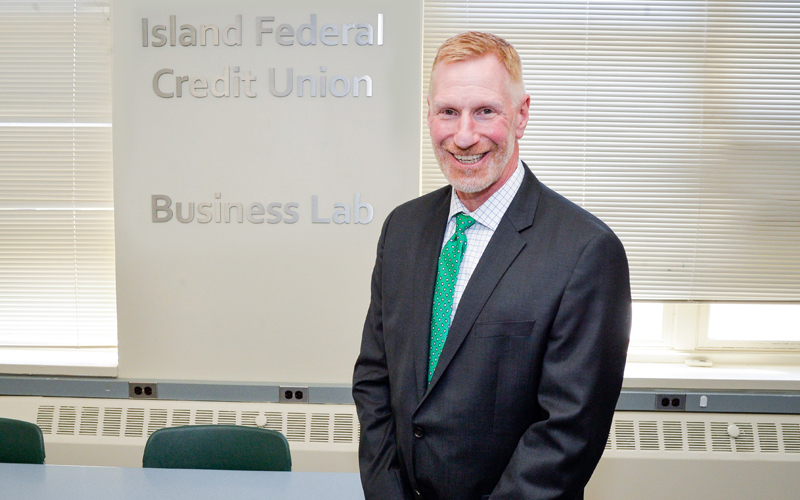 Bret Sears, President and CEO of Island Federal Credit Union, at the Business Lab ribbon cutting