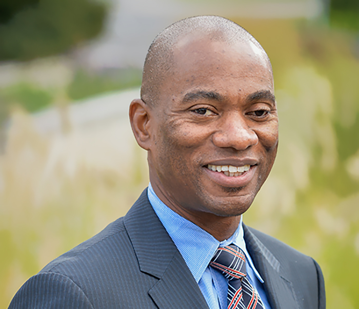 Stony Brook University Senior Vice President for University Advancement Dexter A. Bailey Jr. will receive a national award from the Council for the Advancement and Support of Education in his capacity as executive director of the Stony Brook Foundation.