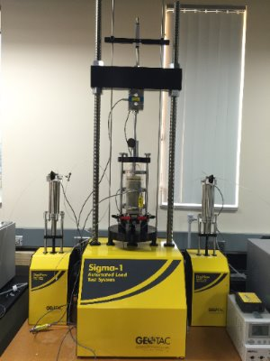 triaxial machine