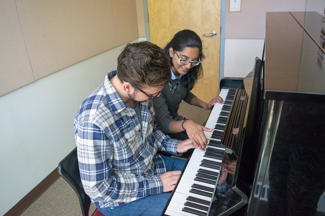 Tabler Students Playing Piano