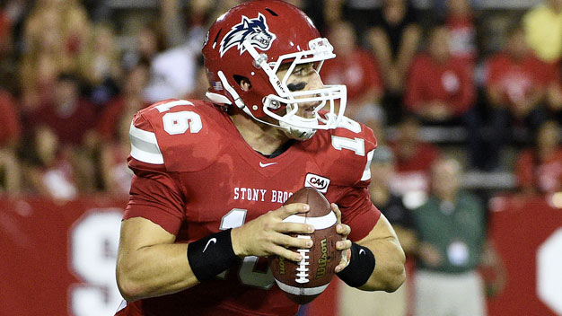 A Stony Brook Seawolves quarterback