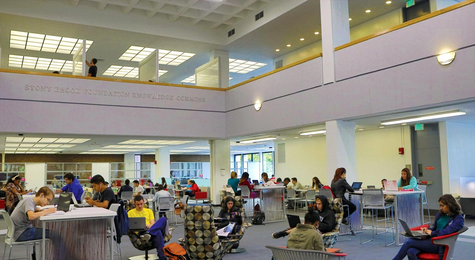 The North Reading Room, with a flexible learning lab, includes ergonomic seating.