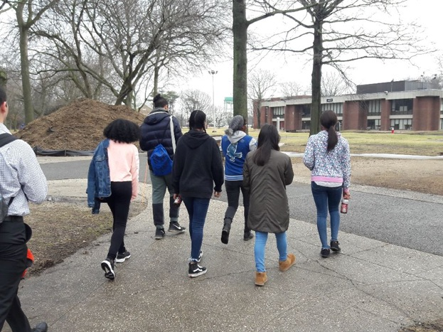 Students on their Farmingdale State visit.