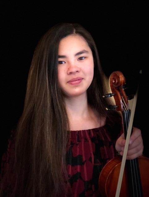 Featured soloist, violinist Marianna Knaupp