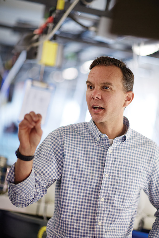 Christopher Gobler, SoMAS faculty and world-renowned expert in algal blooms, is a co-principal investigator with Pikitch in the Shinnecock Bay Restoration Project.