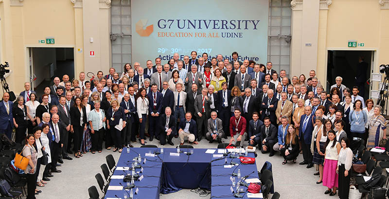G7 University group shot