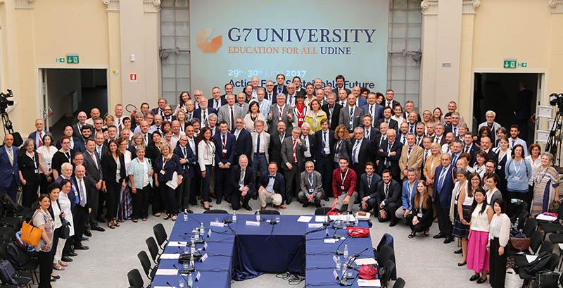 G7 University group shot