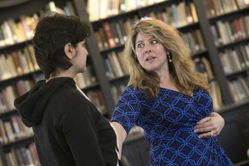 Visiting Lecturer Naomi Wolf conduct